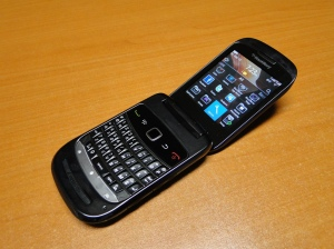 BlackBerry-9670-8